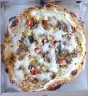 Salsiccia, provola e pomodorini (Nascostoposto, Terni)