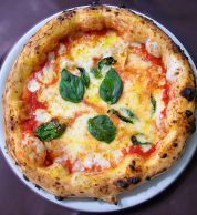 Pizza Margherita di Decimo Scalo a Caserta