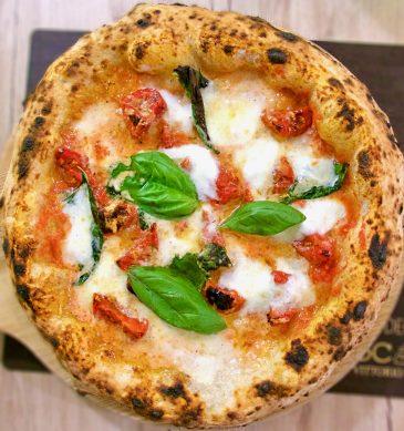 Pizza Margherita Doc di Decimo Scalo a Caserta