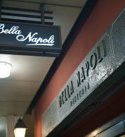 Insegna de Pizzeria Bella Napoli