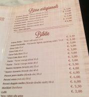 Il menu con le bevande de L'Antica Pizzeria da Michele Milano