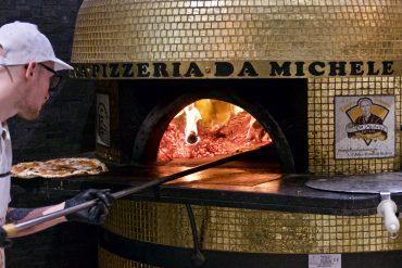 Il forno a legna di L'Antica Pizzeria da Michele Milano