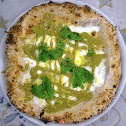 Pizza con crema di Pesto (Mascagni, Vomero)