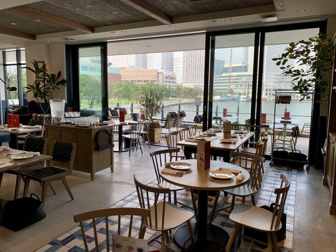 I tavoli (Da Michele Yokohama)
