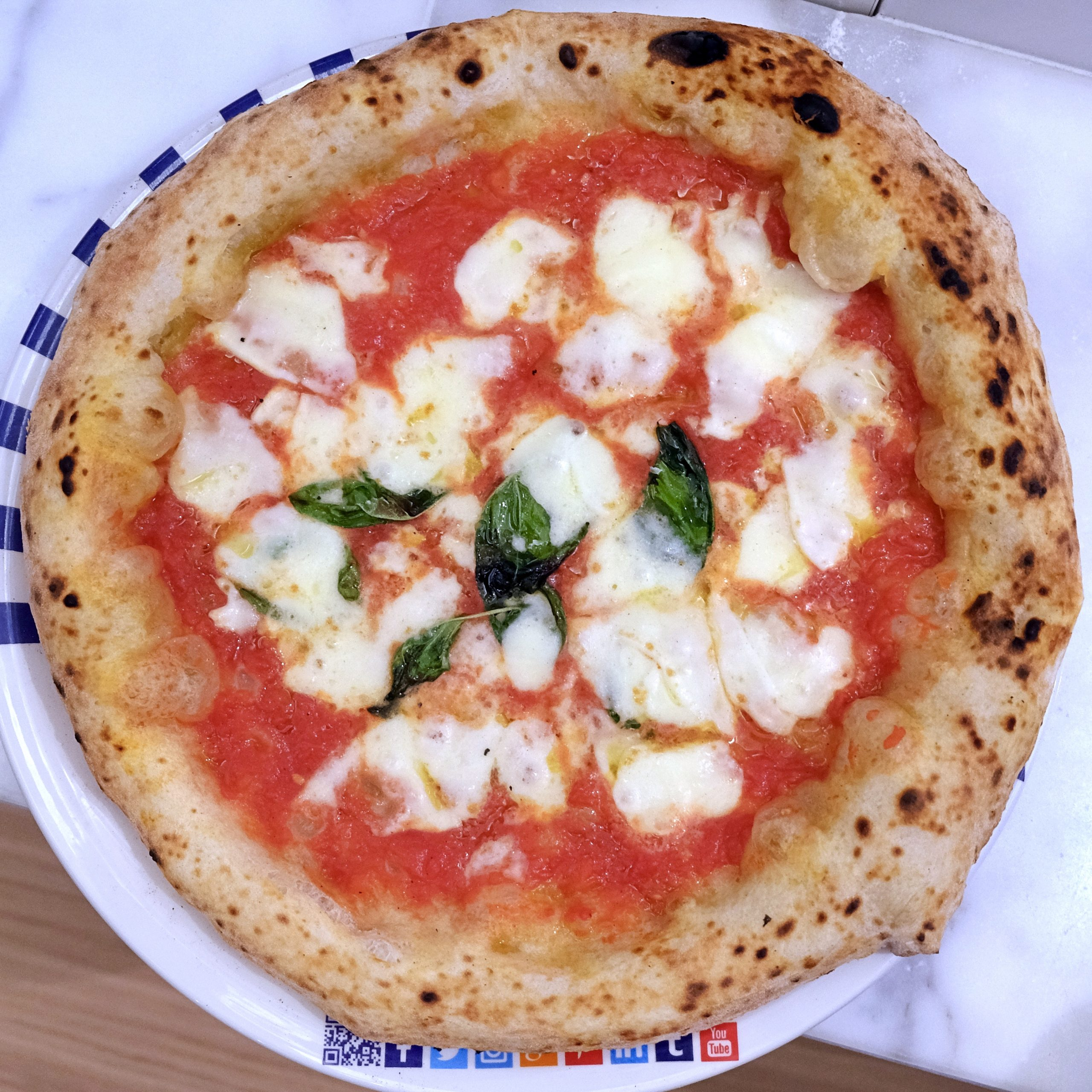 Margherita (Gino Sorbillo Pizza Gourmand Roma)