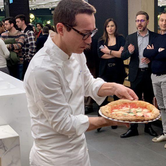 Gino Sorbillo all'apertura di Gino Sorbillo Pizza Gourmand Roma