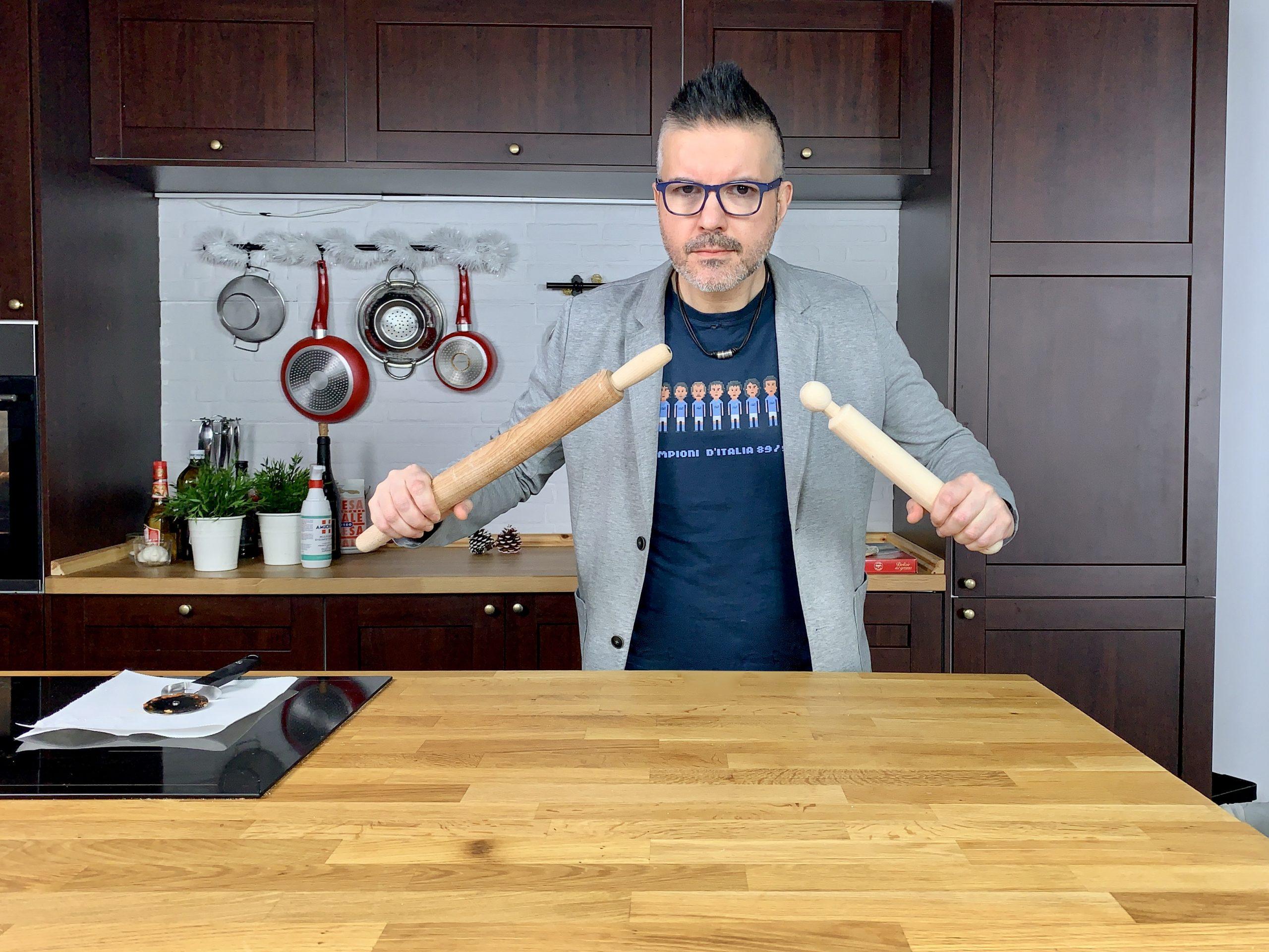 Antonio Tanzen Fucito lotta con le pizze surgelate