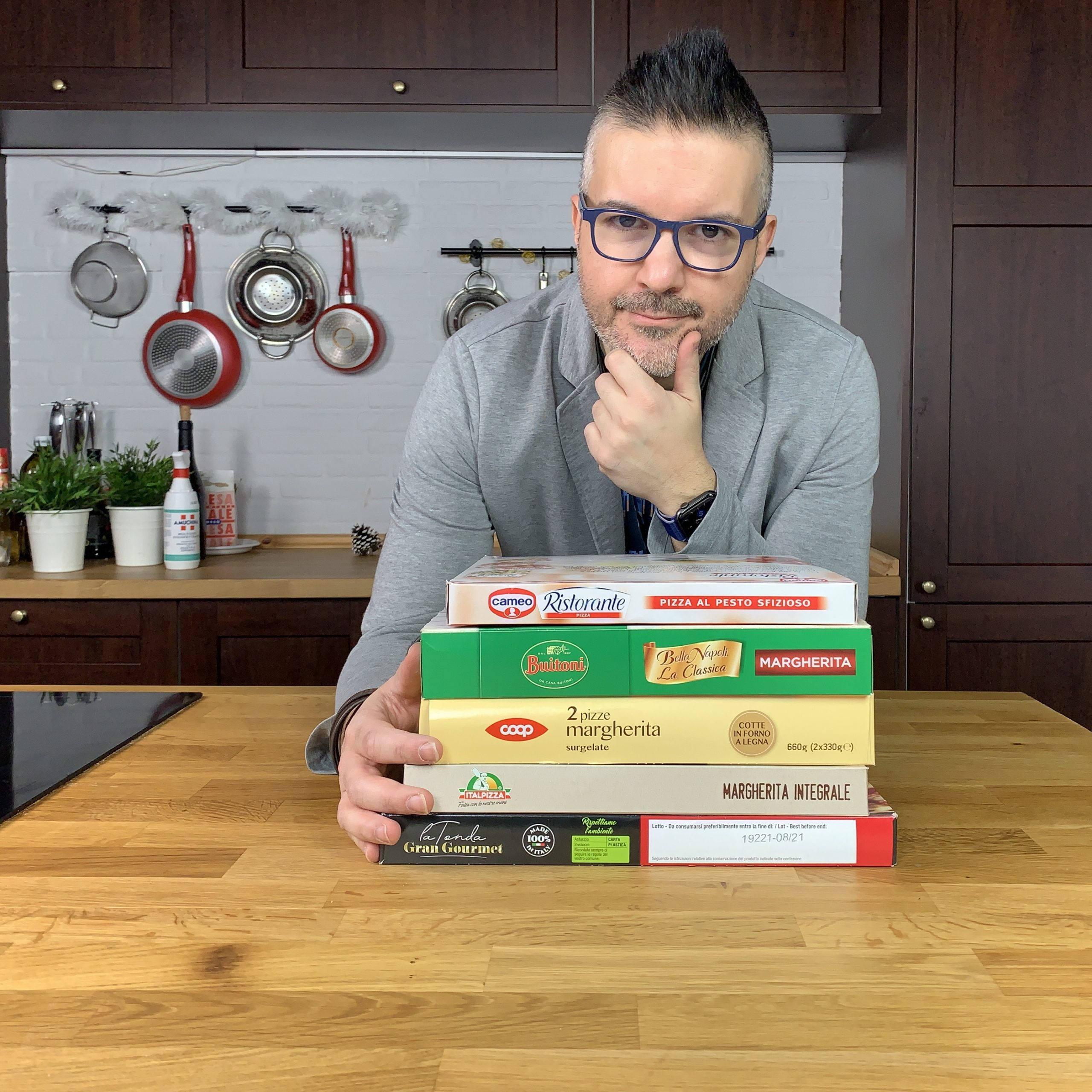 Antonio Fucito prova 5 pizze surgelate su Garage Pizza
