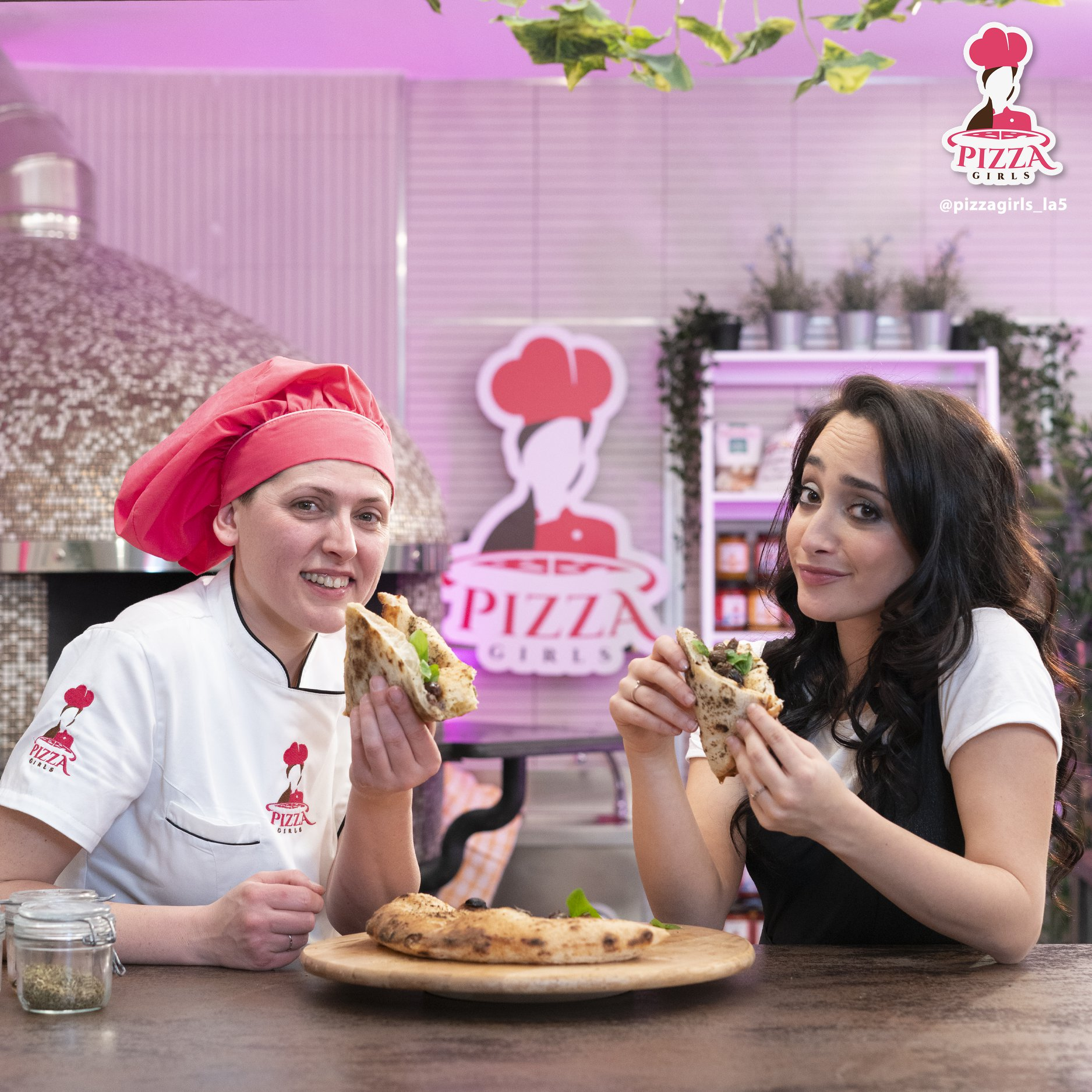 Francesca Gerbasio e Fernanda Pinto (Pizza Girls)