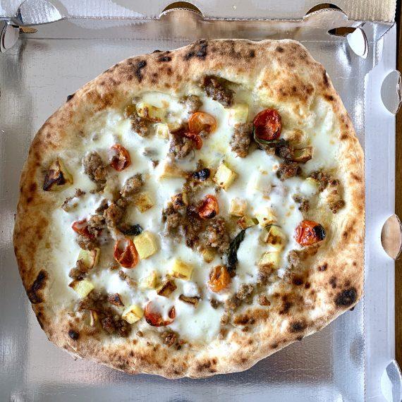 Napoli, record di pizze a domicilio