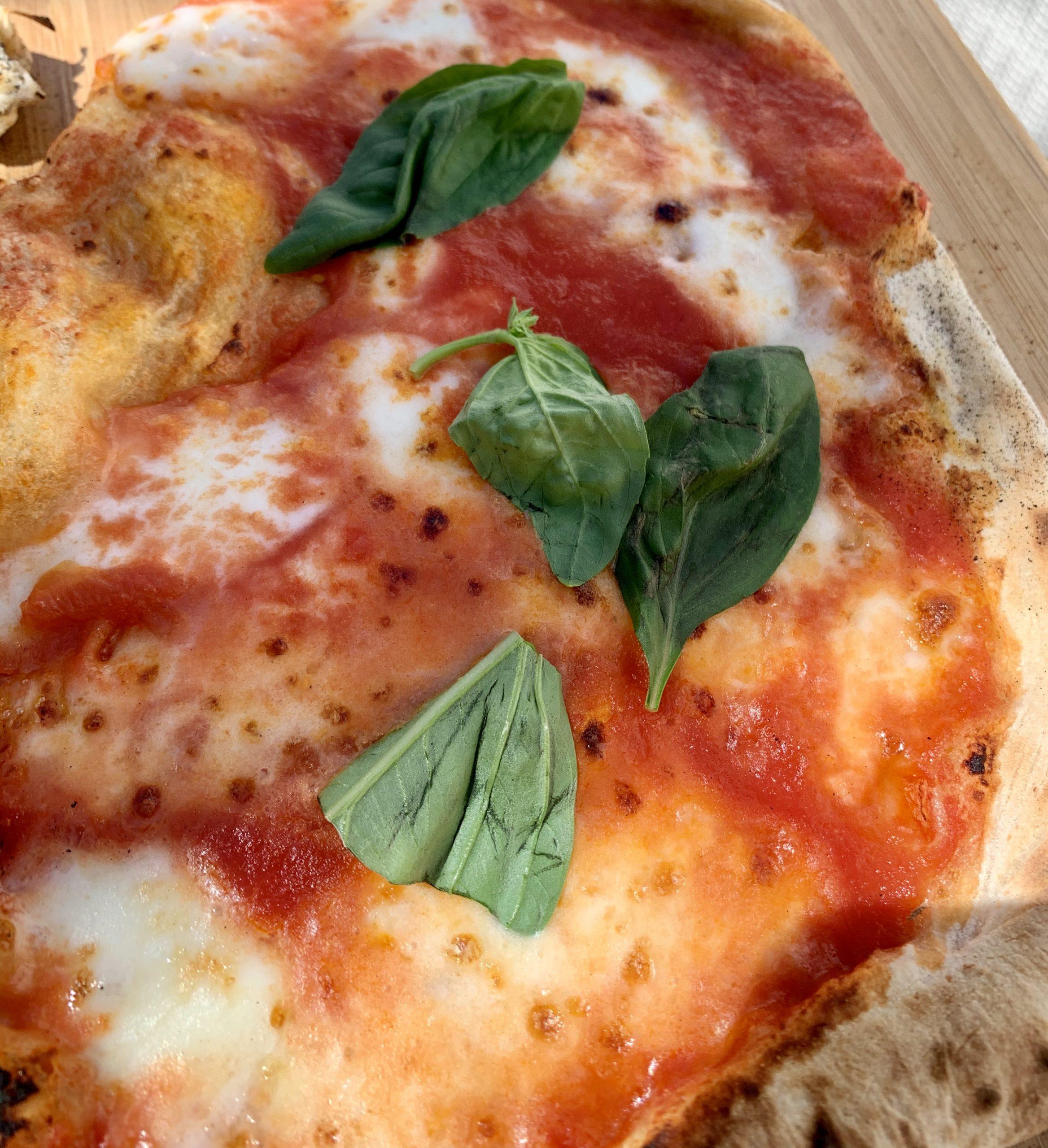 Pizza fatta con Ooni Koda 16