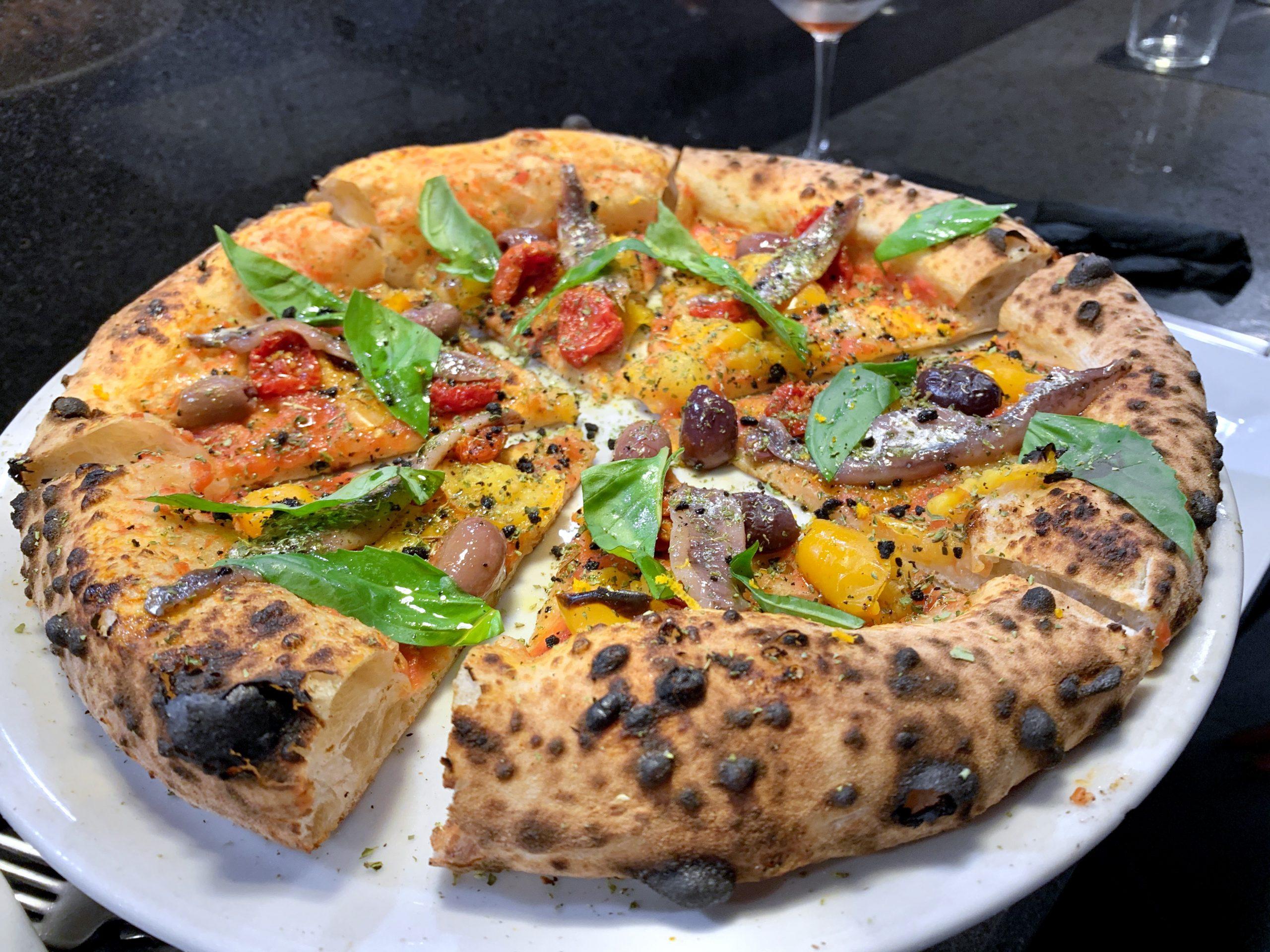 Pizza (Pizzeria Illuminati Seu Monte Verde, Roma)