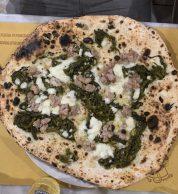 Salsiccia e Friarielli (Antica Pizzeria Da Michele, Firenze)