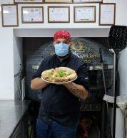 Pizzaiolo (Pizzeria Maison Galeota, Nola, Napoli)