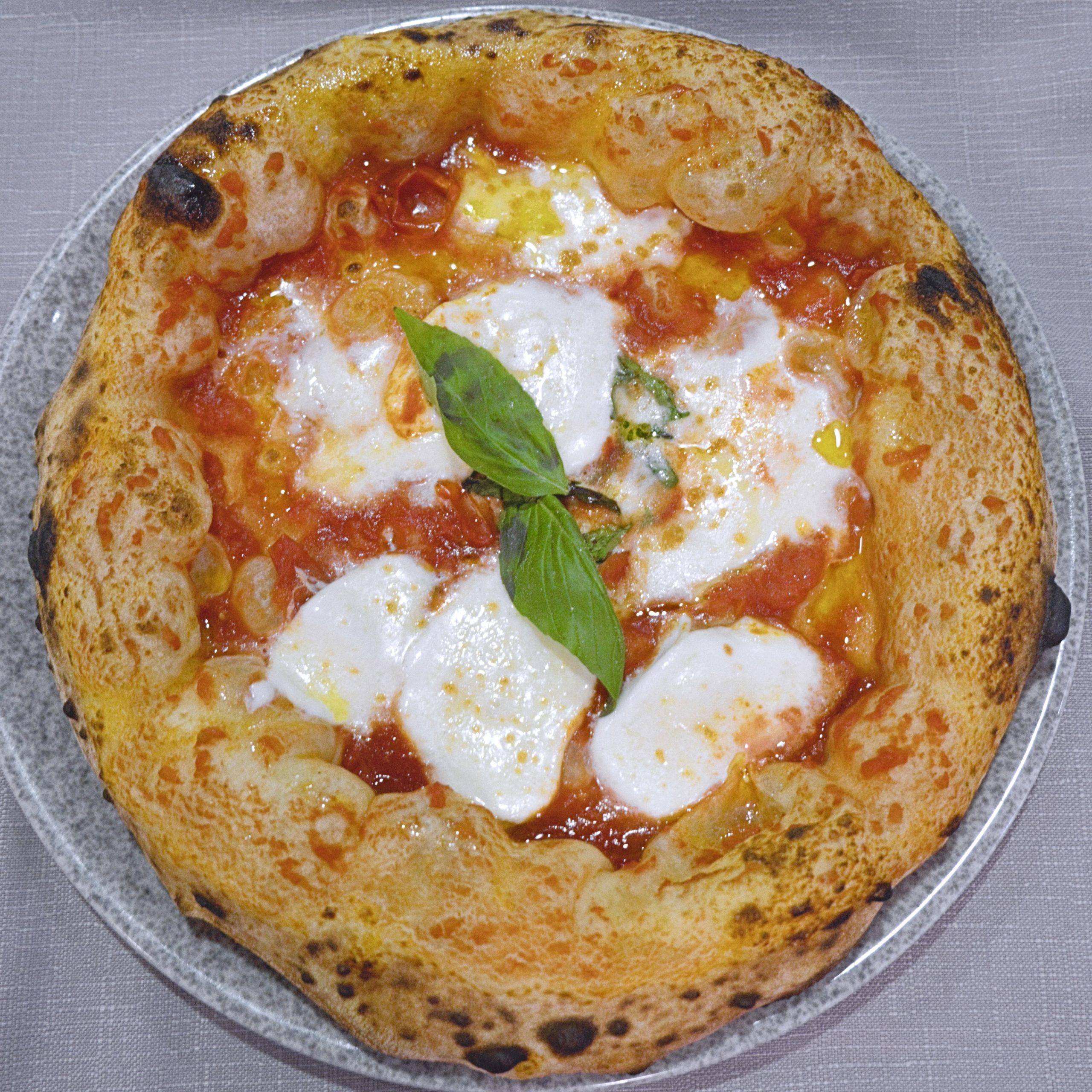 Margherita (Pizzeria La Spiga, Pignataro Maggiore, Caserta)