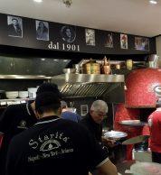 Interno3 (Pizzeria Starita a Materdei, Napoli)