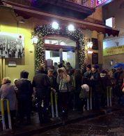 Esterno (Pizzeria Starita a Materdei, Napoli)