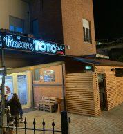 Esterno (Pizzeria Piacere Totò, Perugia)