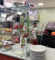 Forno (Pizzeria Da Oliva - Carla e Salvatore, Stella, Napoli)