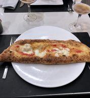 Ripieno classico napoletano (Pizzeria La Notizia 94, Fuorigrotta, Napoli)