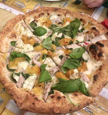 Pizza San Gennaro (Pizzeria La Notizia 53, Fuorigrotta, Napoli)