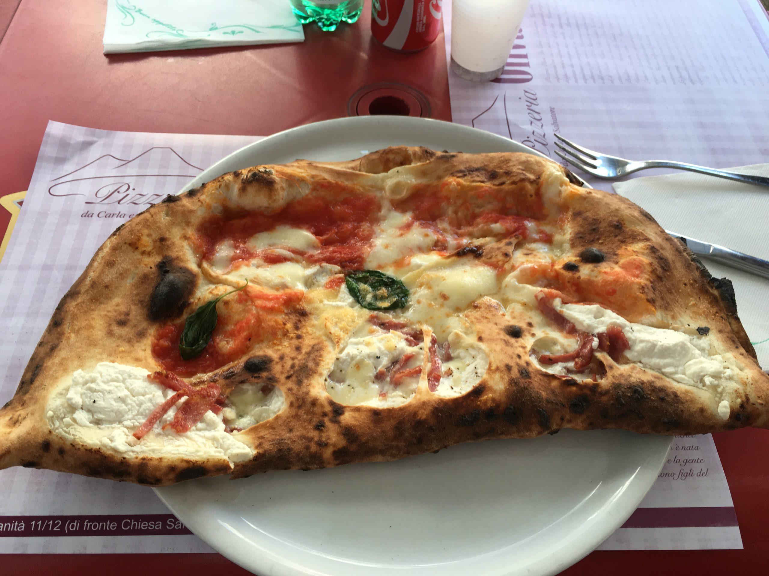 Ripieno al forno 2 (Pizzeria Da Oliva - Carla e Salvatore, Stella, Napoli)