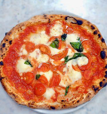 Margherita (Pizzeria e trattoria da Isa, Meguro, Tokyo)