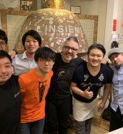 Foto di gruppo (Pizzeria L'insieme, Koto, Tokyo)