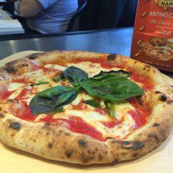Margherita (Pizzeria Braceria Cesari, Nagoya)