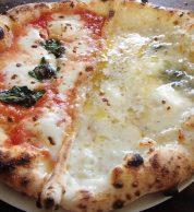 Pizza doppia (Pizzeria Il Forno D'oro, Kikuchi)