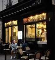 Esterno (Pizzeria Ragazzi, Passy, Parigi)