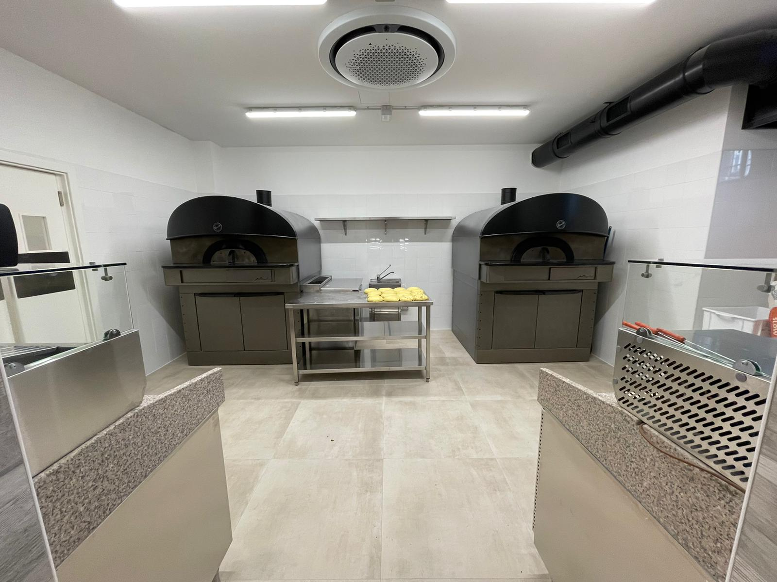 10 Bakery interno