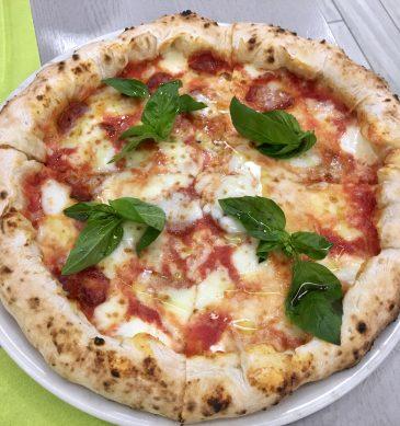 Pizza (élite Pasqualino Rossi, Caserta)
