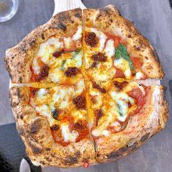 Pizza con scamorza e Nduja (10 Diego Vitagliano, Bagnoli, Napoli)