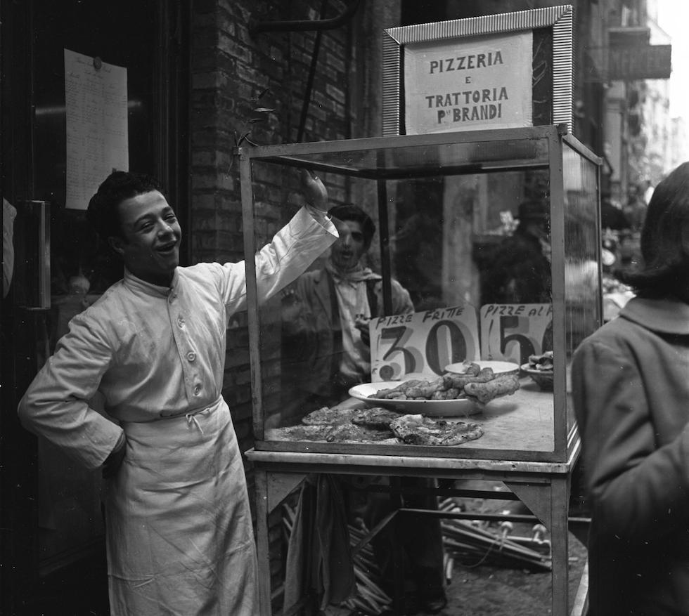 Pizza in vendita, 1953