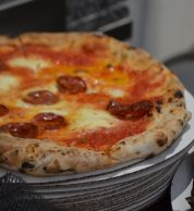 Pizza salamino (Fresco Mercato Metropolitano, Southwark, Londra)