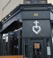 Esterno (Pizzeria Sacro Cuore, Brent, Londra)