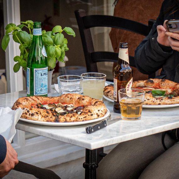 Stile Napoletano pizzeria Chester UK