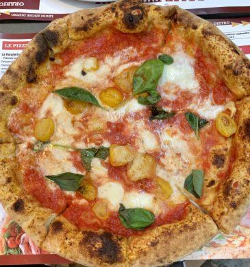 Pizza margherita (Pizzeria Rosso Vivo, Chiusi)
