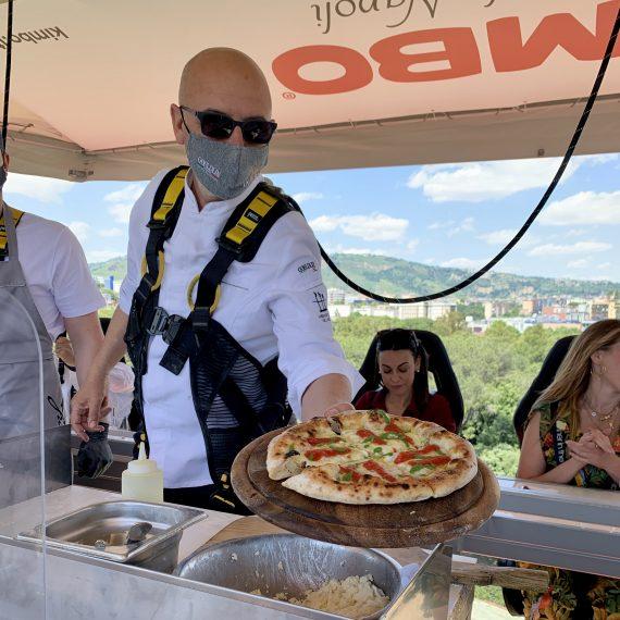 Franco Pepe e la sua pizza (Dinner in the Sky Italia)
