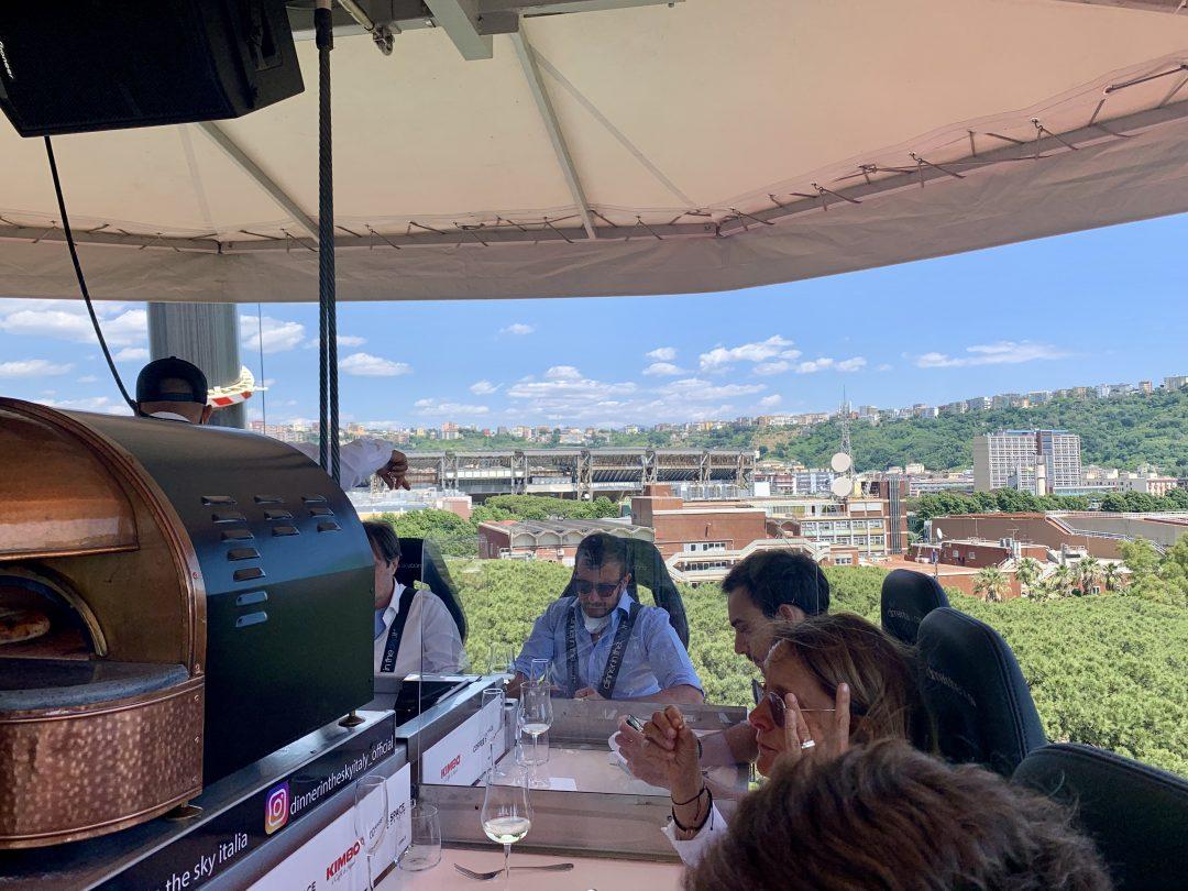 (Dinner in the Sky Italia)