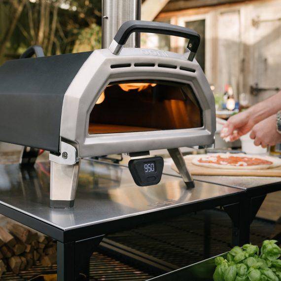 AVPN consiglia forno Ooni per pizza in casa