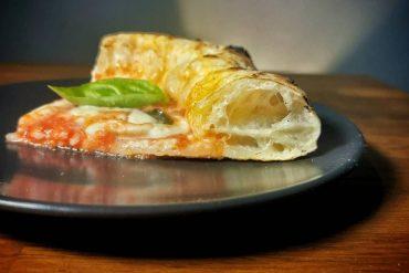 Pizza napoletana senza attrezzatura