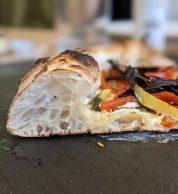 Pizza Orto a colori dettaglio (Pizzeria La Bolla Caserta)
