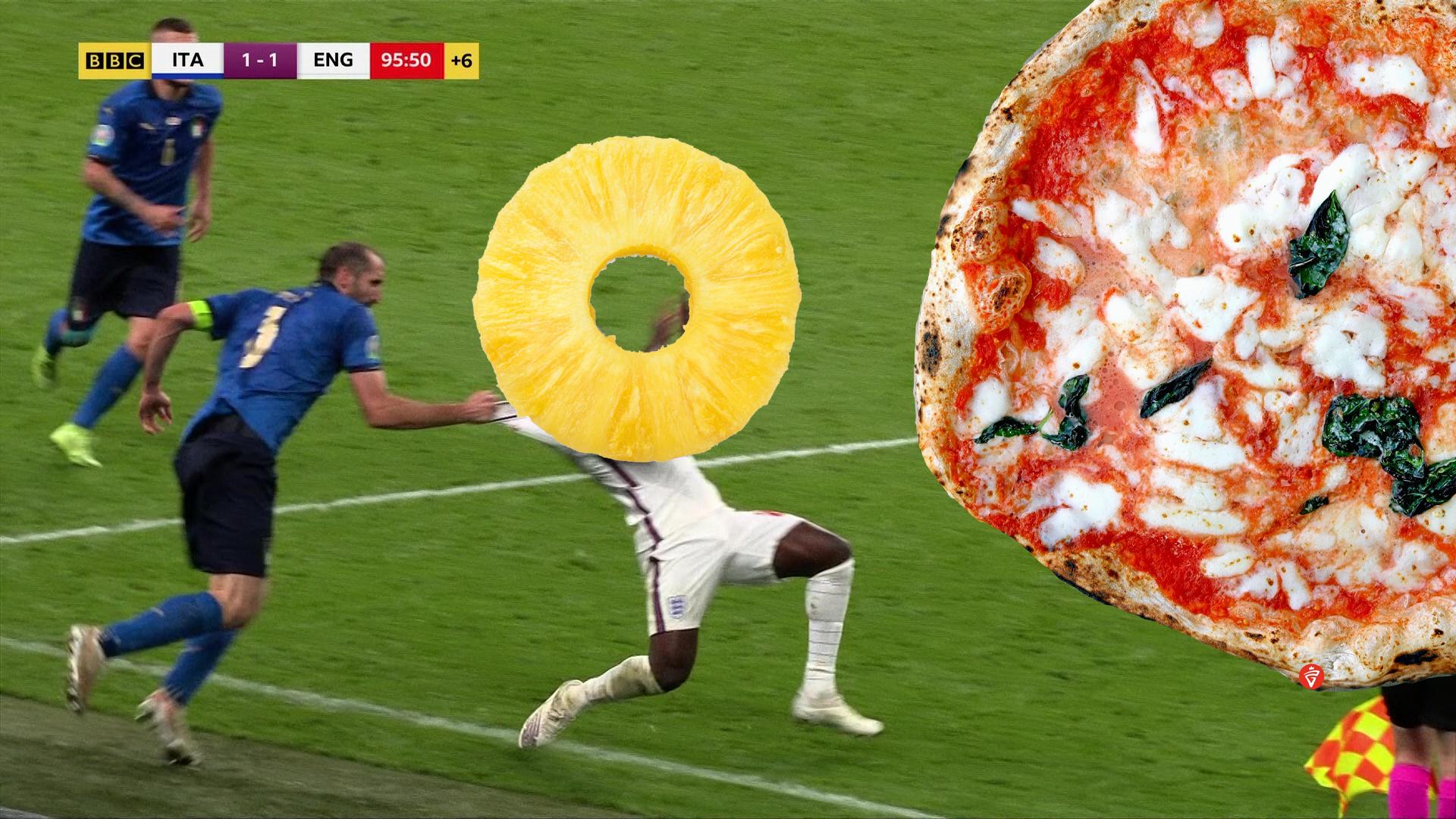 Il fallo di Chiellini, ananas sulla pizza