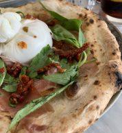 Pizza con datterini gialli 2 (Pizzeria Pisani, Pozzuoli)