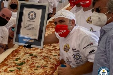 Guinness World Record Pizza Pala