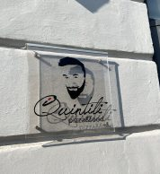 Logo esterno (Pizzeria I Quintili, Napoli)
