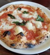 Pizza margherita (Pizzeria L'oro di Napoli, Kagoshima)